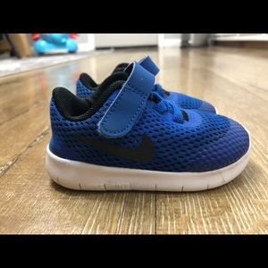 Toddler Boy Nike's - 4c